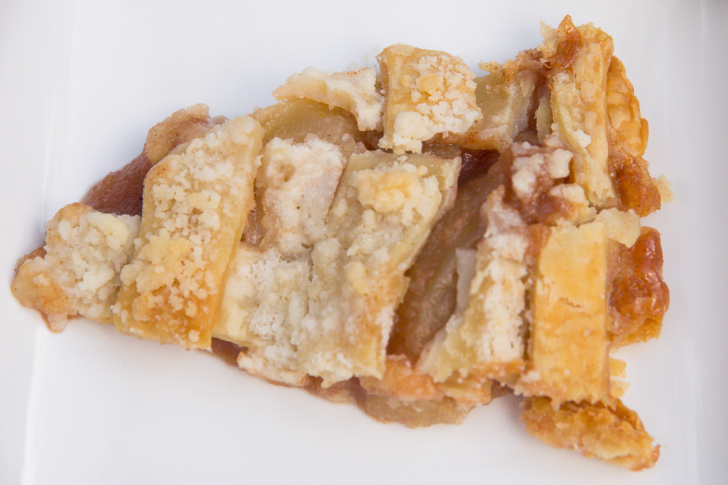 Crunch Top Apple Pie | Festively Made